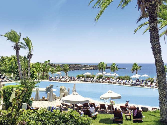 Coral Beach Hotel Resort-juli 2021