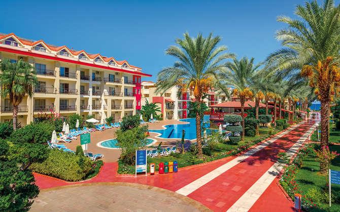 Crystal Aura Beach Resort Spa-september 2021