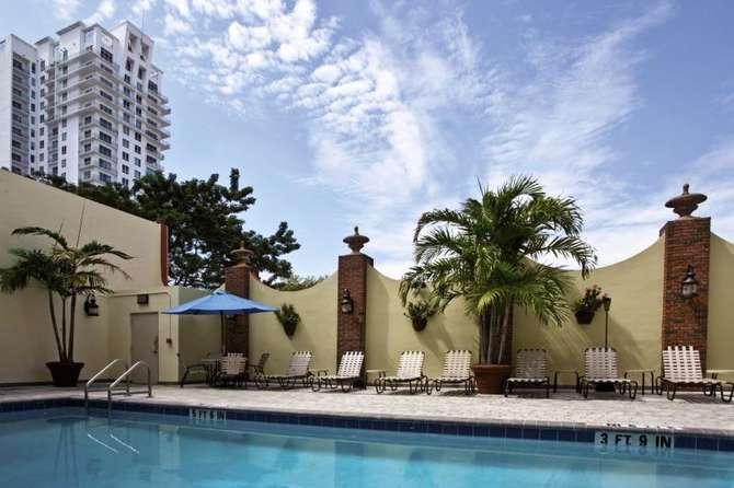 Holiday Inn Port Of Miami Down-juni 2021