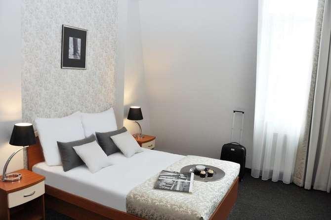 Hotel Atrium-september 2020