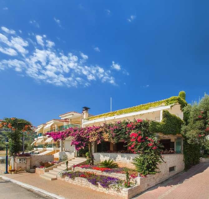 Loutra Beach Hotel-juni 2020